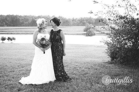 We took this opportunity to photograph Nikki with her mother as well, and I'm so glad we did! What a stunning pair!